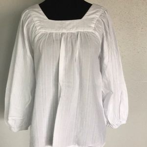 Gap blouse neck aguare